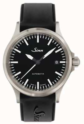 Sinn 556 eu ostenta a correia de silicone preta de vidro de safira 556.010 SILICONE
